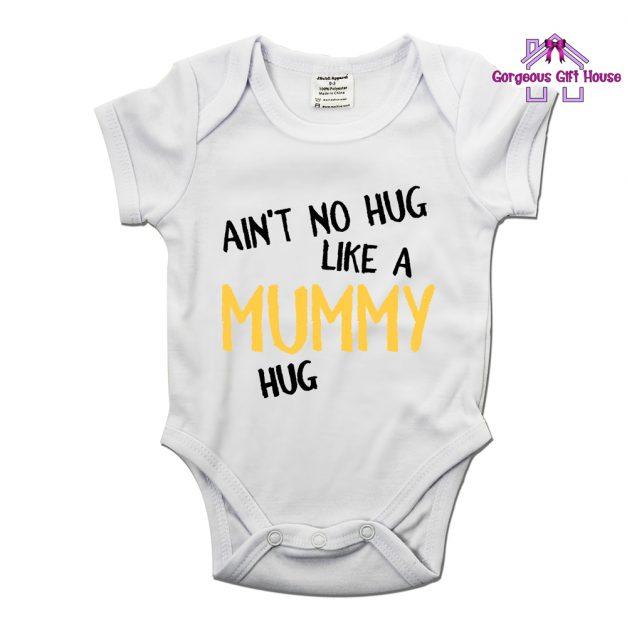 ain't-no-hug-like-a-mummy-hug-babygrow